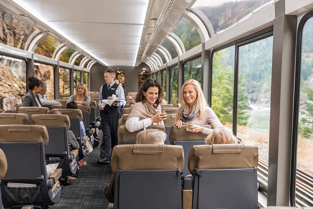 銀楓葉級車廂/洛磯山登山者號/Rocky Mountaineer/列車/加拿大
