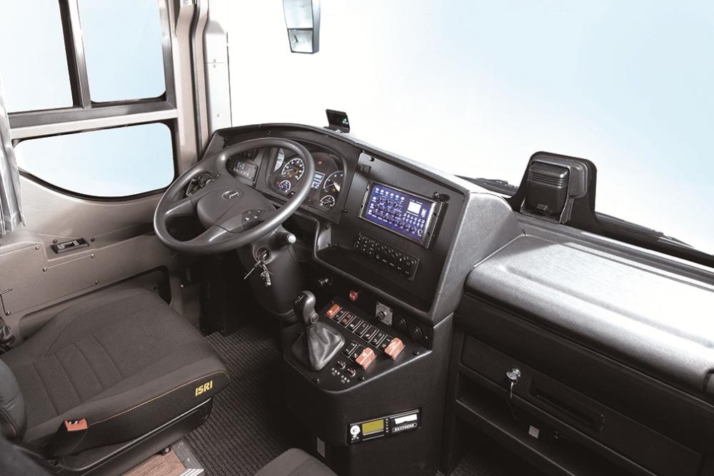 內部空間/Mercedes-Benz OC500 戴姆勒賓士六期大客車/順益集團/台灣
