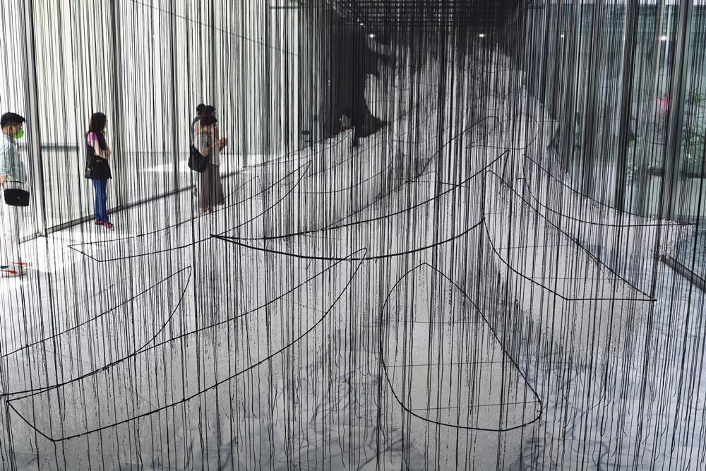 去向何方?/作品/塩田千春:顫動的靈魂/展覽/市立美術館/台北/台灣
