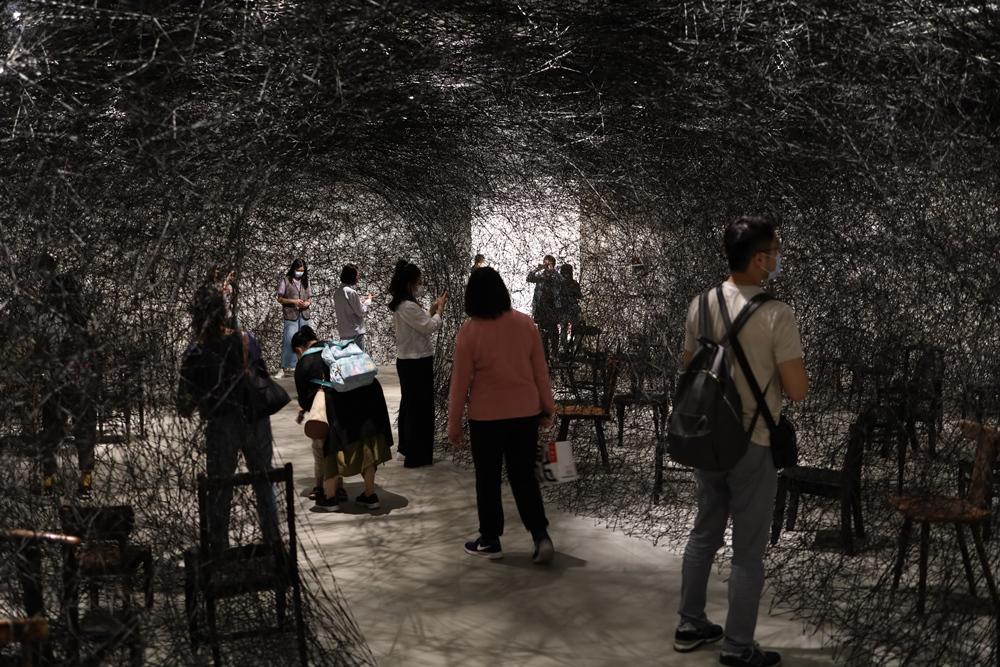 寂靜/作品/塩田千春:顫動的靈魂/展覽/市立美術館/台北/台灣