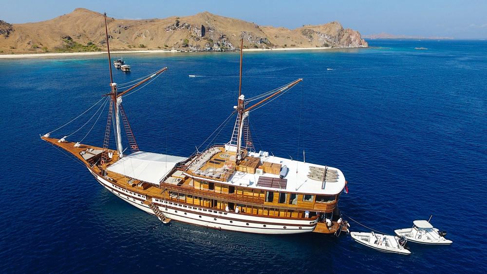 Prana by Atzaro/印尼群島航行/菲尼斯帆船/世界遺產/生態旅行