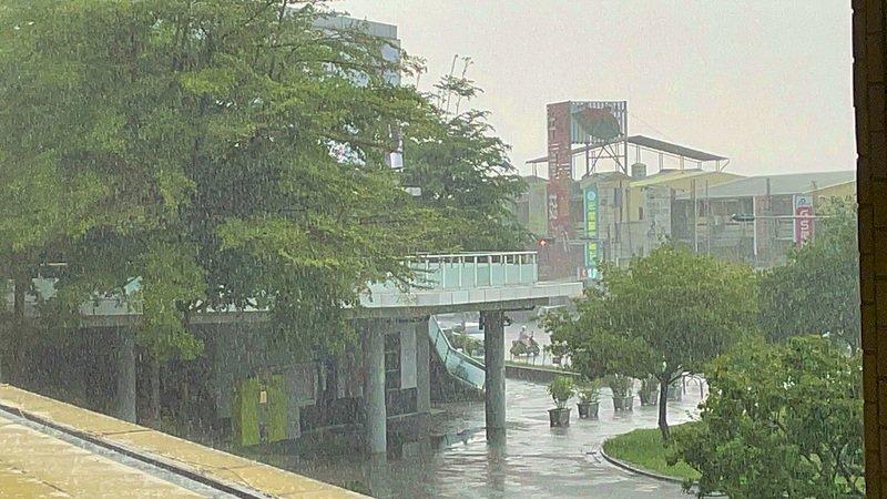 梅雨/台灣