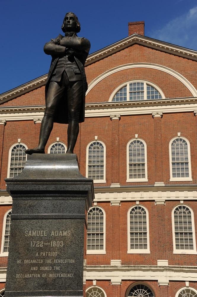 山繆亞當斯銅像/范尼爾廳/波士頓/美國
