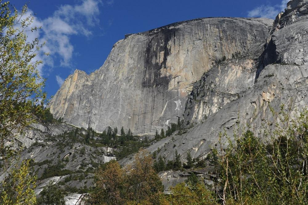 花崗岩巨石/瀑布峽谷/國家公園/加州/美國