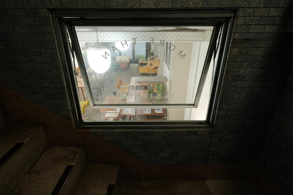 樓梯間的一幅畫/木更Mugeneration/老宅咖啡廳/嘉義/台灣