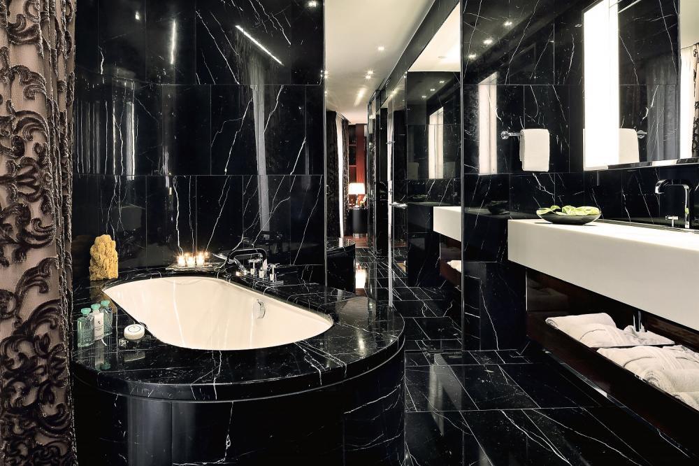 浴室/客房/寶格麗酒店/工藝家族/住宿/倫敦/英國