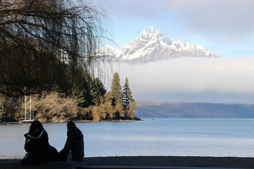 湖畔風景/瓦卡蒂波湖畔/皇后鎮/紐西蘭