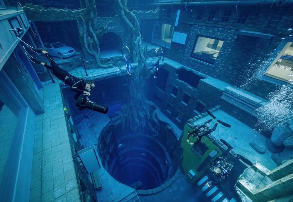 水底世界/Deep Dive Dubai/深潛游泳池/杜拜