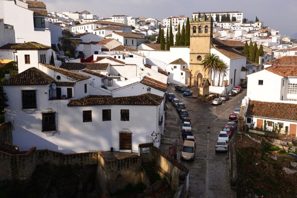 白色建築/山城/白色之城/西班牙