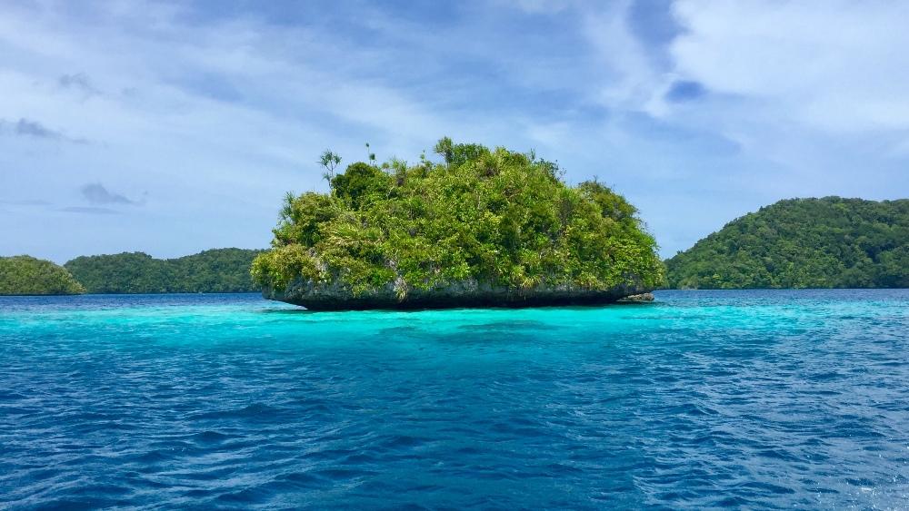 帛琉彩虹島嶼
