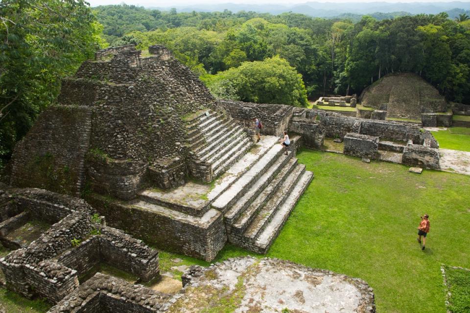 攀登最高的馬雅金字塔