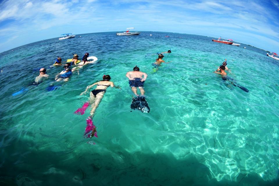 小海峽浮潛